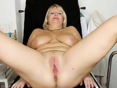 Natural big tits milf vagina gyno..