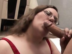 Man fingers and bonks luscious pussy..