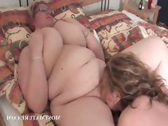 Lesbian bbw couple having oral sex in..