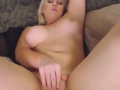Dirty talking blonde abuses her cunt