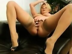 Thick woman masturbates with her toy