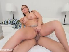 Big booty chubby wife sucks of big..