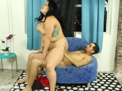 Curvy big tit latina fucks parking..