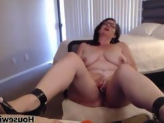 Horny mommy wants please you