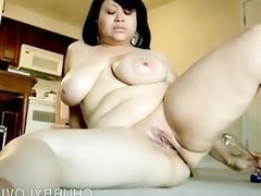 Beautiful big tits brunette bbw loves..