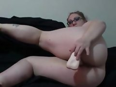 Sexy amateur bbw pawg fucks her